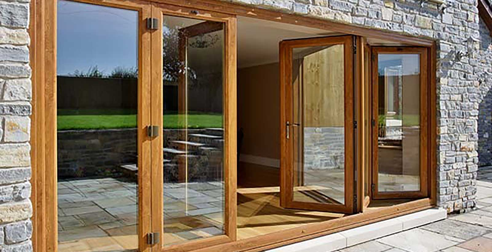 Southgate windows upvc bi fold doors trade bridgwater for Upvc folding doors